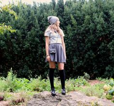 Les hauts et les BAS de l'automne : 3 looks mettant en vedette les bas aux genoux - TPL