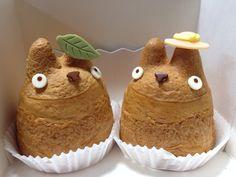 白髭のシュークリーム工房 - Shirohige Cream Puff Totoro cream puff for Totoro fans