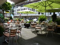 Outside the city center of Cologne / Köln: This is Köln-Sülz, Berrenrather Str., Jules Coffee, a nice little place to meet locals