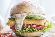 Fish burgers - Recipes - Eat Well with Bite Fish Burger, Burger Buns, Salmon Burgers, How To Make Mayonnaise, Homemade Mayonnaise, The Pancake House, Kosher Recipes, Burger Recipes, Fish Recipes