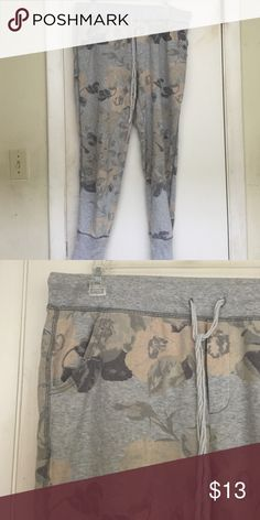 American eagle sweats Floral American Eagle sweats. Size L. American Eagle Outfitters Pants Track Pants & Joggers