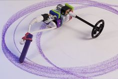 Art Bot: a littleBits Project by littleBits - <p>How can you build a device to draw for you?</p>
