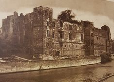 By the opening of the War the castle was owned by Queen Henrietta Maria