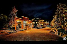 Rent full-service cottages in Blue Mountain Resort complete with hot tubs, pet friendly, and ski-in/ski-out amenities. Mountain Cottage, Blue Mountain, World Photography, Lodges, Condo, Scenery, Cabin, Vacation, Mountains