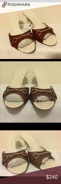 d6bb84a38834a7 Gucci Signature Brown Leather Slide on Heels Authentic Gucci Brown Leather  Sandals 📌 Silvertone hardware.