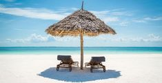 Seaside Decor Wooden Sun Loungers Facing the Indian Ocean under A Thatched Umbrella in Zanzibar Turquoise Cream Dining Room Kitchen Rectangular Table Cover Home Deco Cream Dining Room, Zanzibar Beaches, Outdoor Dining, Outdoor Decor, Seaside Decor, Welcome Decor, Travel Tours, Resort Spa, Beach Resorts