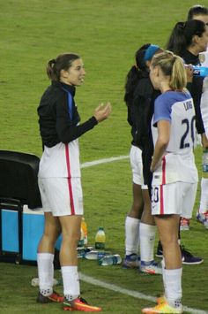 Tobin Heath, Allie Long 11.10.16