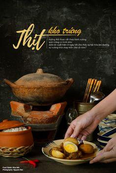 Tet Holiday Food Stylist & Props Stylist: Nhut Min Photo: Nguyen Bao Food Menu Design, Food Poster Design, Food Graphic Design, Authentic Thai Food, Malay Food, Dark Food Photography, Viet Food, Food Concept, Food Decoration
