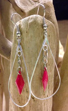 Boucles d'oreilles goutte en plaque argent avec sequin coloris framboise. : Boucles d'oreille par l-ecrin-creatif