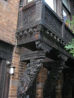 Van Stein: Thread of a Master: Lockwood De Forest Brick Architecture, Indian Architecture, Ancient Architecture, Beautiful Architecture, Beautiful Buildings, Beautiful Homes, House Arch Design, Village House Design, Bungalow House Design