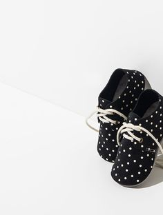 zuzii dot oxford baby shoes