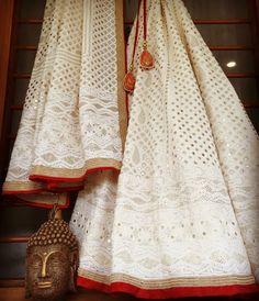 New Ideas for bridal lehenga white red desi wedding Indian Attire, Indian Ethnic Wear, Indian Wedding Outfits, Indian Outfits, Bridal Lehenga, Lehenga Choli, Sarees, Floral Lehenga, Lehenga White