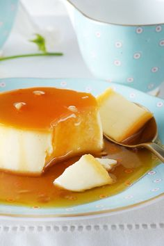 Cream caramel to prepare - The French crème caramel must be refrigerated in the oven for at least 2 hours after it has stalle - Egg Pudding Recipe, Keto Pudding, Protein Pudding, Pudding Recipes, Baked Hard Boiled Eggs, Hard Boiled Egg Recipes, Best Homemade Bread Recipe, Homemade White Bread, Creme Caramel