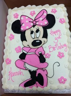 Minnie Mouse birthday cakes plus baby minnie mouse cake plus minnie mouse cupcakes Torta Minnie Mouse, Mini Mouse Cake, Mickey And Minnie Cake, Bolo Minnie, Minnie Mouse Birthday Cakes, Minnie Mouse Theme, Birthday Cupcakes, Minnie Mouse Cupcake Cake, Minnie Mouse Cookies