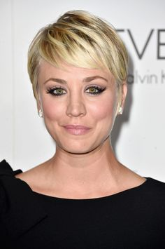 Kaley Cuoco Haircut 2012 Kaley Last Hair Models Hair Styles Last Hair Models, Ashley Tisdale 25 Big Bang Theory Star Kaley Cuoco Kaley Cuoco Hair Evolution See How She Grew Out Her Pixie Glamour, Short Hairstyles Over 50, Pixie Hairstyles, Pixie Haircut, Kaley Cuoco, Medium Hair Styles, Short Hair Styles, Hair Evolution, Celebrity Haircuts, Star Wars