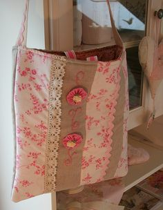 A pretty bag   Flickr - Photo Sharing!