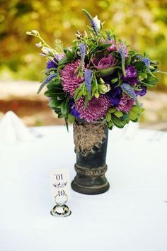 Love these flowers!  Style Me Pretty | Gallery
