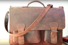 Zo krijg jij je doffe leren tas weer zo goed als nieuw