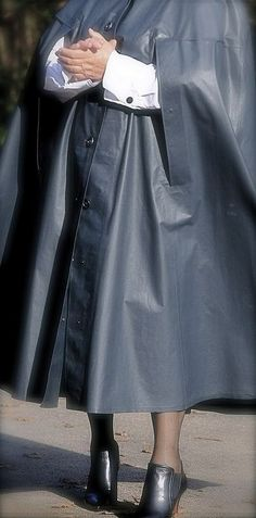 Rain Cape, Rubber Raincoats, Picture Tag, Bad Habits, Rain Wear, World Best Photos, Cool Photos, Midi Skirt, Women Wear