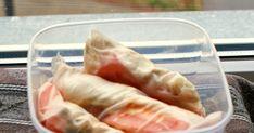 Przepisy na zdrowe posiłki, ale także na pyszne słodkości. Wraz z każdym daniem, podana jest liczba kalorii na porcję. Fresh Rolls, Lunch, Ethnic Recipes, Food, Diet, Eat Lunch, Essen, Meals, Lunches
