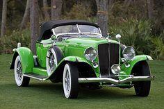 1932 Auburn Speedster-(Auburn Automobile Company Auburn, Indiana 1900-1936).