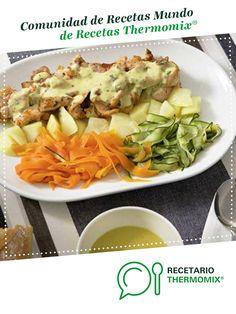 Crema de verduras y pollo al vapor con salsa suprema por Thermomix Vorwerk. La receta de Thermomix<sup>®</sup> se encuentra en la categoría Potajes y platos de cuchara en www.recetario.es, de Thermomix<sup>®</sup> Food N, Cabbage, Vegetables, Recipes, Connect, Pokemon, Color, World, Vegetable Dishes