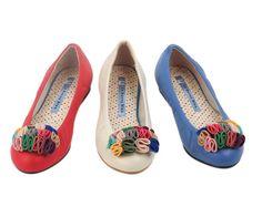 These would be SO PERFECT for a garden wedding, bridesmaid and the bride!! $ 55 via La Bunny Bleu