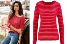 czerwony sweter na Feegle Turtle Neck, Sweaters, Fashion, Moda, Fashion Styles, Sweater, Fashion Illustrations, Sweatshirts, Pullover Sweaters