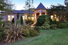 GRAND COUNTRY ESTATE | LUXURY HOMES