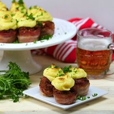 Turning a comfort food into an amazing appetizer is a pretty impressive feat. With recipe, you can become the fancy chef for all your dinner parties! These are bite-sized pieces of perfection, with the perfect combination of all your favorite things. Whether it's the bacon, the meatloaf, or the m...