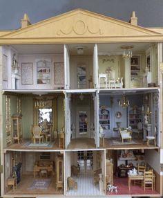 DSC01630.JPG (jt- 'hotel miniature' - visit blog for detailed pics of this lovely house)