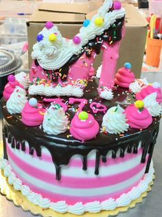 Excellent 85 Best Custom Cakes Images Custom Cakes Cake Desserts Funny Birthday Cards Online Chimdamsfinfo