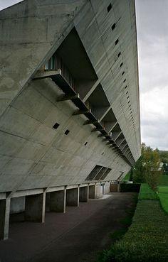fr/frmny/cultural center - Le Corbusier