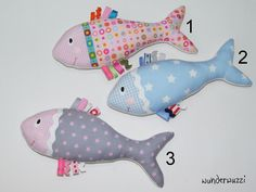 Schmusetücher Cuddly fish a unique product by wunderwuzzi on DaWanda Fabric Fish, Baby Fabric, Fabric Toys, Baby Sewing Projects, Sewing For Kids, Fidget Blankets, Baby Accessoires, Baby Fish, Handmade Baby Gifts