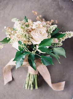 5 brautstrass beige rose rosa brautstrauss bild Hochzeit in Beige – Naturfarben Hochzeit Inspiration