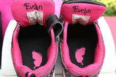 Shoe name labels. Butterfly helps identify left and right shoe.