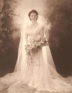 +~+~ Vintage Photograph ~+~+  Bride wearing a gorgeous Norman Hartnell wedding dress.  Mr Hartnell was the designer who created the Queen's dresses at both her wedding and coronation!  Nan's wedding was in 1948, so it was just after the Queen's wedding in 1947.