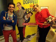 Wer sind...#BEQuadrat? Das haben wir uns auch in unserem aktuellen #Portrait gefragt und die beiden #BettinaBogdany und #BernhardViktorin zum #interview gebeten. Was das #musikkabarett #duo auf  unsere vielen #fragen geantwortet hat gibt es bei uns auf der Webseite zu lesen. Link dazu in der Bio.  Ein Blick oder auch mehrere ;) lohnen sich! (Foto: Andrea Martin)  #comedy #interview #fragestunde #darolltderschmäh #werhatdiehosenan #musikalischesduo #buehnennetzwerk