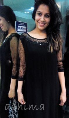 Simple Kurta Designs, New Saree Designs, Salwar Neck Designs, Churidar Designs, Stylish Dress Designs, Kurta Designs Women, Blouse Designs, Indian Designer Suits, Kurti Designs Party Wear
