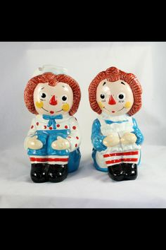 Raggedy Ann and Andy bookends.