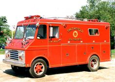 us Smithfield,PA FD; IH stepwagon, with bodywork by Welch; Rescue; 1968 (photo by unknown author, pinned from the Youngstown website or other thematic internet source)