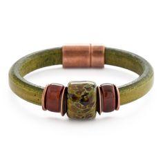 Olive Garnish Bracelet | Fusion Beads Inspiration Gallery #DriedHerb #FusionBeadsColorOfTheMonth