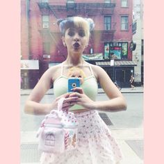 Melanie Martinez. OMG! I totally want that purse!