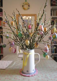 Easter branches http://www.thehousewiththebluedoor5.blogspot.co.uk/