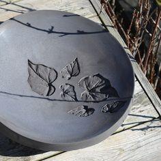 Art nr: 1000-10C Gjutformen som ger dig en slät, blank, skålad yta. Lätt att dekorera med silikonlöv, mosaik eller andra egna mönster som du fäster med