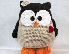 Supper Cute Owl with heart, Crochet Owl 12.6 inches