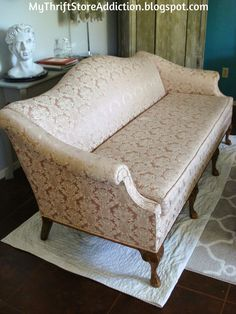 My Thrift Store Addiction : Friday's Find: A Home for Rosie! #FabulousFinds #VintageSofa #ThriftStoreStyle