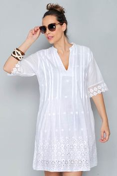 Embroidery Blouse Designs White 51 Ideas For 2019 Simple Dresses, Nice Dresses, Summer Dresses, White Frock, White Fashion, Lace Tops, Blouse Designs, Dress Skirt, Ideias Fashion