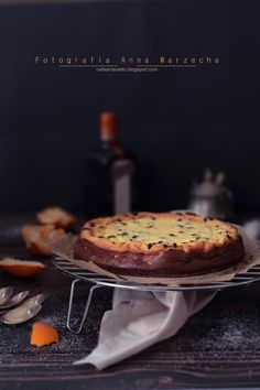Sernik pomarańczowy z kawałkami czekolady / Cafe Amaretto