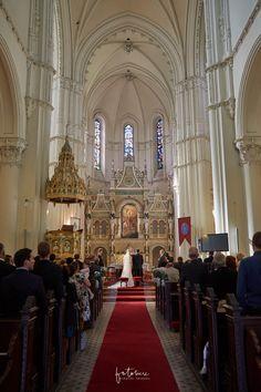 templomi esküvő budapest szent lászló tér 25